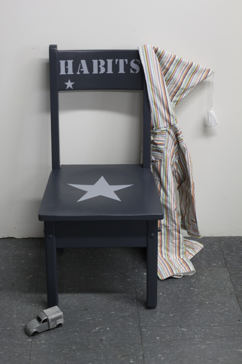 Collection GRIGRIS PLOMB : la chaise habits