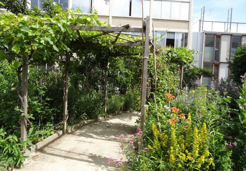 Des squares et jardins Parisiens (1)….