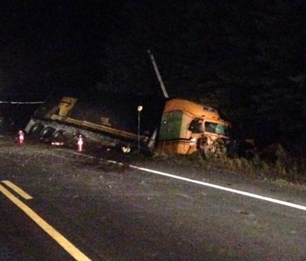 Accident de camion versus auto à Stornoway