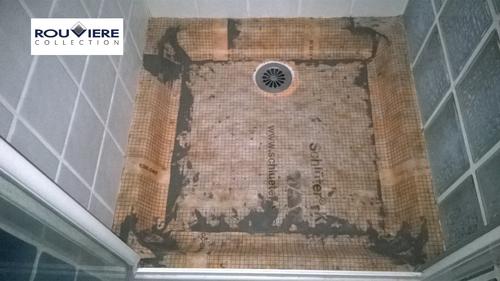 Rénovation d'un bac à douche fissuré