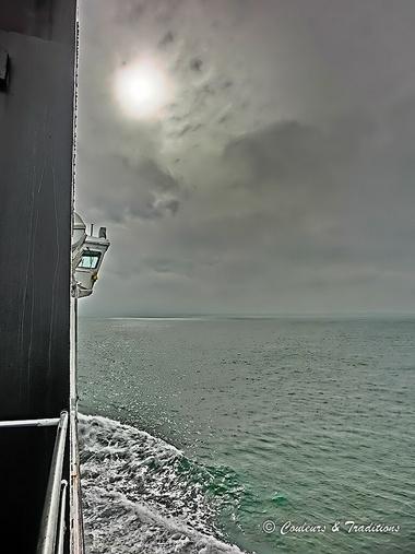 C'est la mer qui prend l'homme.....