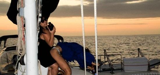 rihanna-hawai-topless13