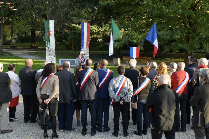 Vénissieux n'oublie pas :  Sétif, l'autre 8 mai 1945 et aussi : En souvenir du massacre  du 17 octobre 1961