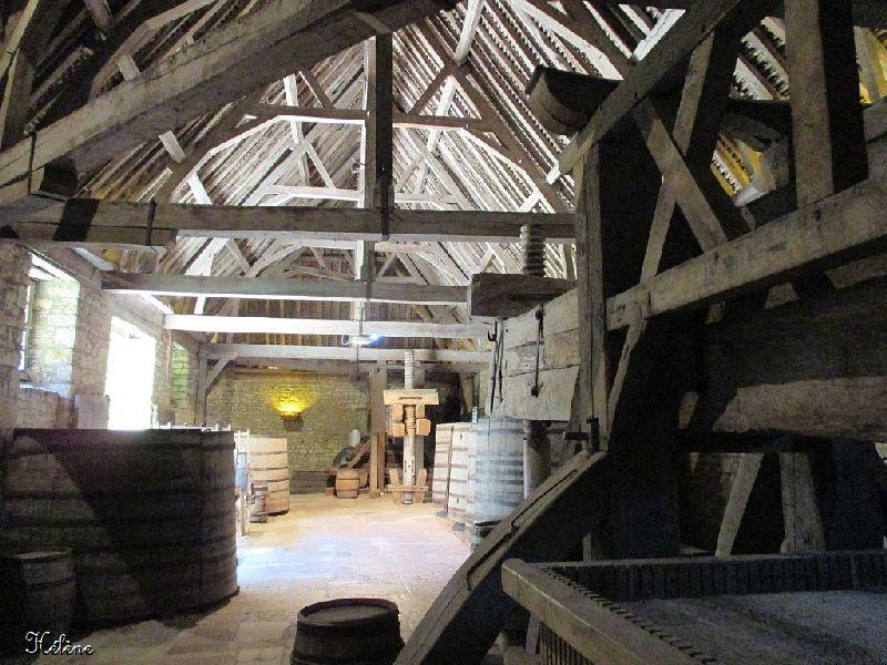 le château du Clos Vougeot , deuxième partie