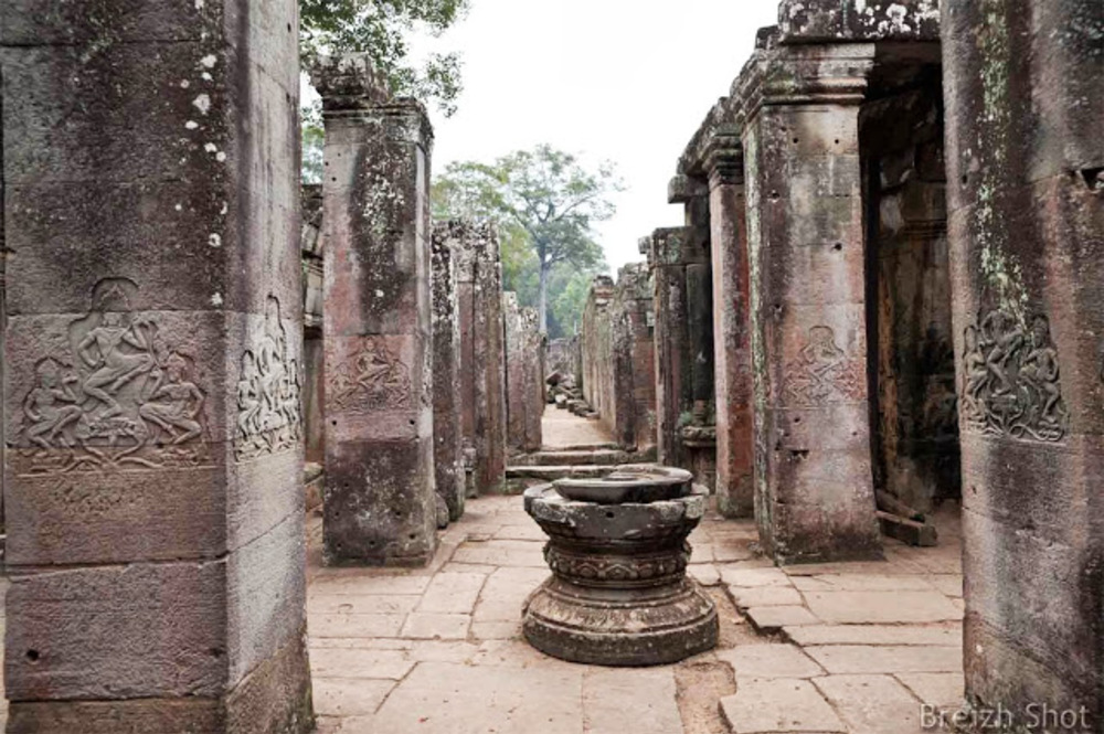 Angkor Thom, le Bayon - piliers du temple