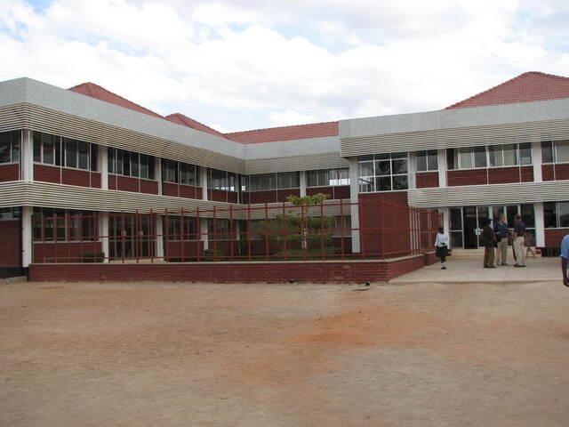 Blog de lisezmoi : Hello! Bienvenue sur mon blog!, La Tanzanie : Dodoma