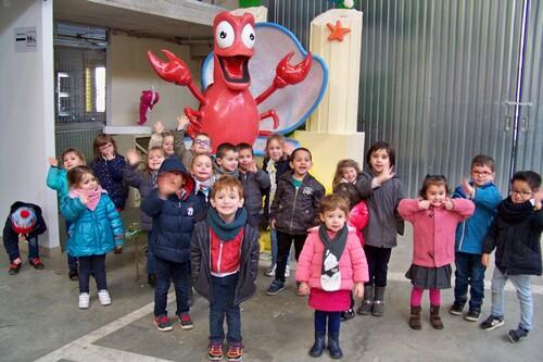Visite des hangars du carnaval de Cholet