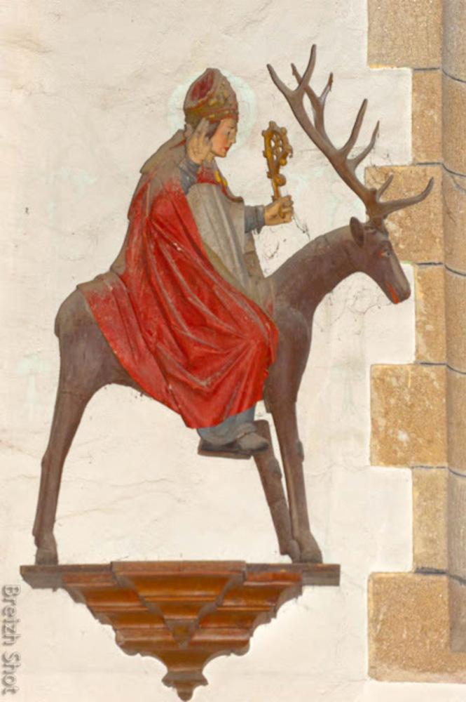 Landeleau cultive la mémoire de Saint-Théleau -  La statue polychrome de Saint-Théleau dans l'église de Landeleau