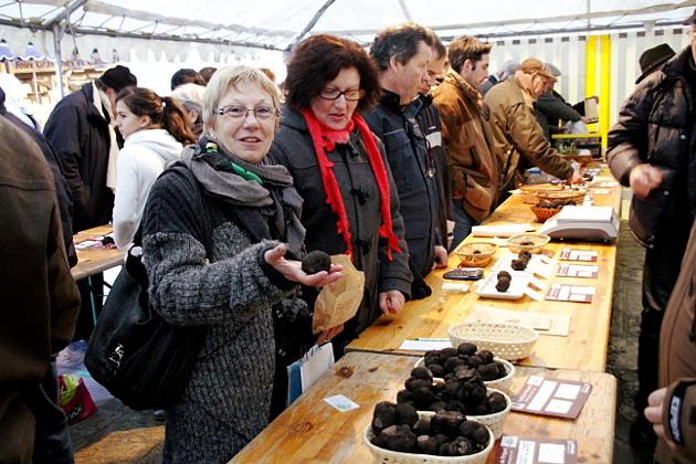 Le grand marché aux truffes