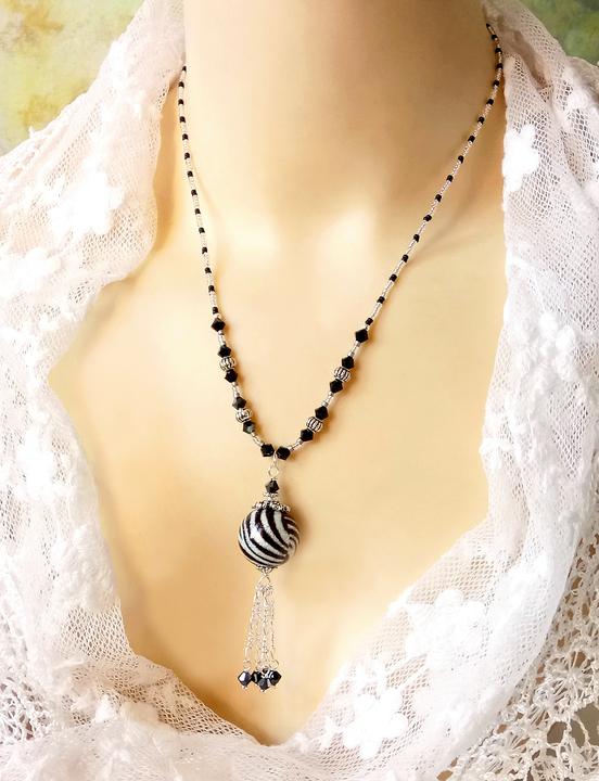 Collier pendentif Verre de Murano authentique Noir et argent scintillant, Cristal de Swarovski / Argent 925