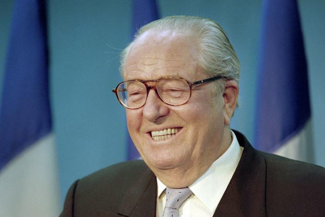 Les mémoires de Jean-Marie Le Pen épuisées avant leur parution