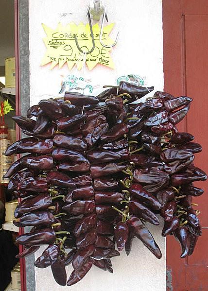 espelette cordes de piments