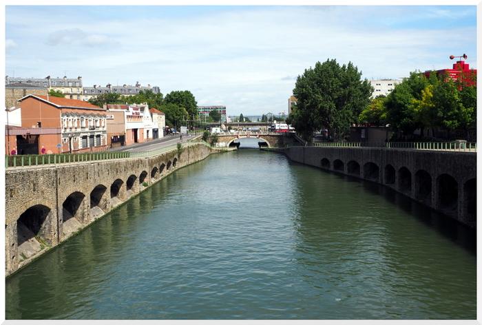Flâner près du Canal de l'Ourcq. La Villette. Paris 19ème.