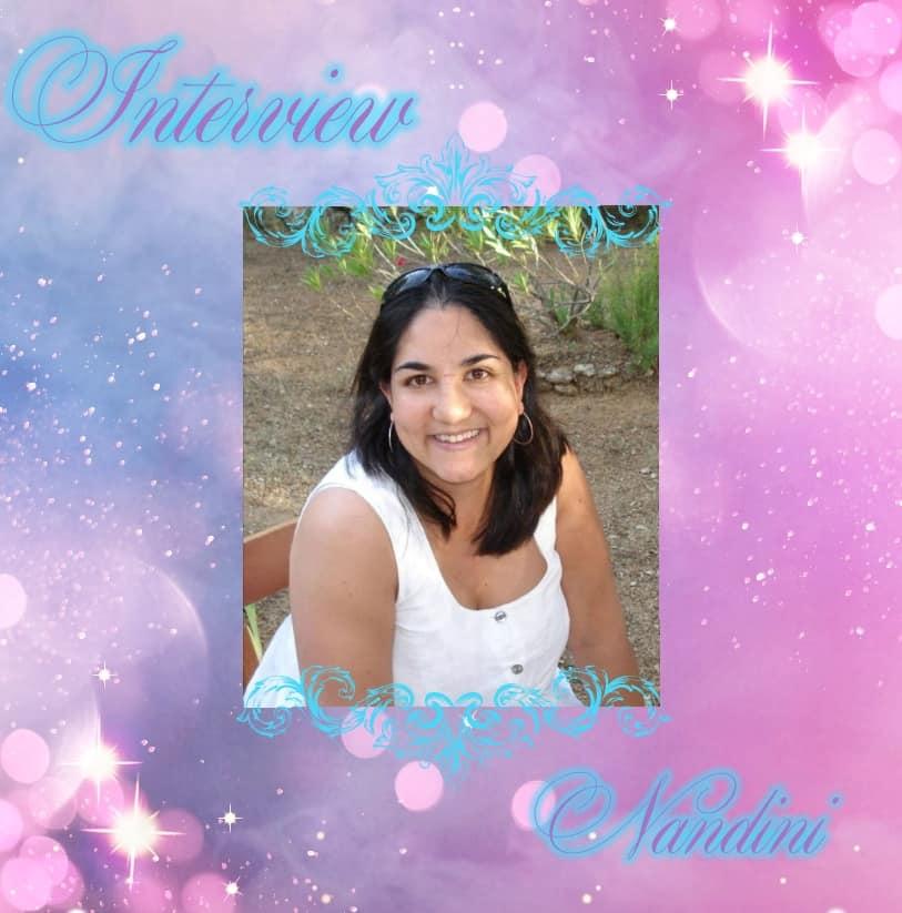 Adeline Nandini Auteure - La vie c'est des cadeaux que l'on ouvre petit à  petit... Certains font plaisir, d'autres non