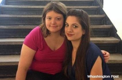 Séparées à la naissance, ces deux sœurs se retrouvent par hasard à l'université