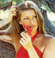 Sheila, femme-fleur...