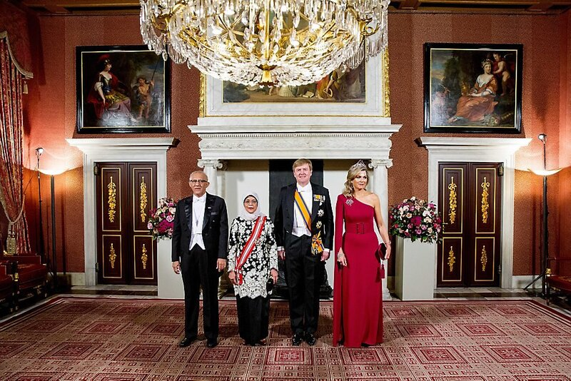 Dîner de gala pour la présidente de Singapour