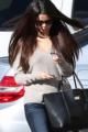 CANDIDS : Selena et Justin se promenant en Ferrari
