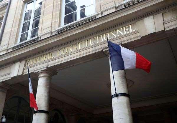Terrorisme: le Conseil constitutionnel censure la surveillance des proches de suspects