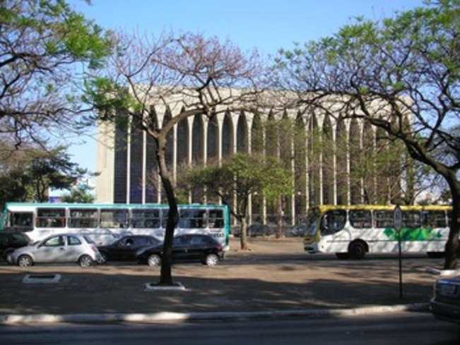 28 ter-Santuario Dom Bosco, Brasilia, Brésilé  (28e de la série des 50 belles églises dans le monde)