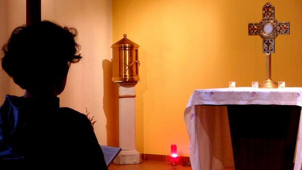 Adoration aucharistique