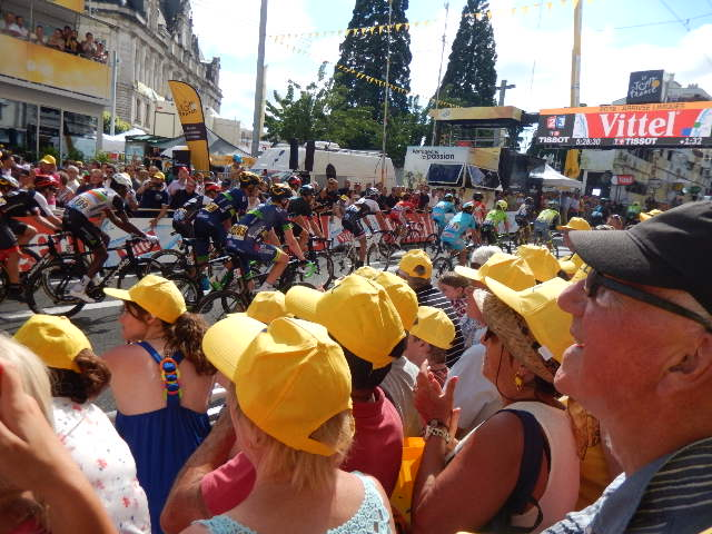 Tour de France 2016:Saumur- Limoges , une gagne pour quelques Millimètres pour Kittel