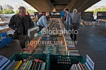 stock-photo-18411322-london-south-bank-second-hand-book-stalls-under-waterloo-bridge