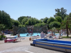 Camping Carabouille (Allègre les fumades)
