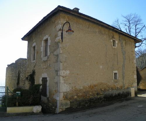 Le château de Monthoux
