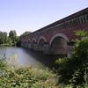 Pont Canal du Canal de l'entre deux mers sur le Tarn près de Moissac