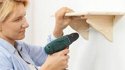 Comment poser une étagère murale?