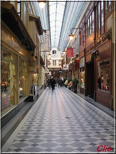 PASSAGE JOUFFROY-PARIS-DEC 2011 - R1