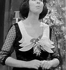 Blog de lafarandoledeschansons : La Farandole des Chansons, La chanteuse néerlandaise Corry BROKKEN gagne avec cette chanson, l'Eurovision en 1957