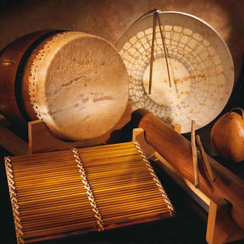 Instruments de musique & Cases créoles (Réunion)