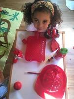 Collection d'objets rouges