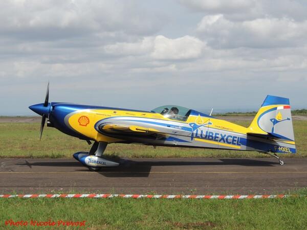 Nicole Prévost a assisté au championnat de France de voltige aérienne à Darois