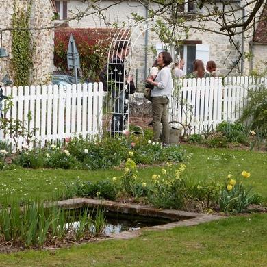 Derrière les murs du jardin de Claire....