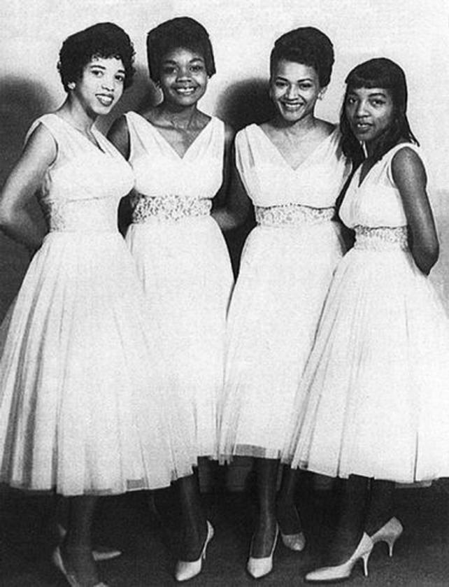 Bobbie Smith & The Dream Girls