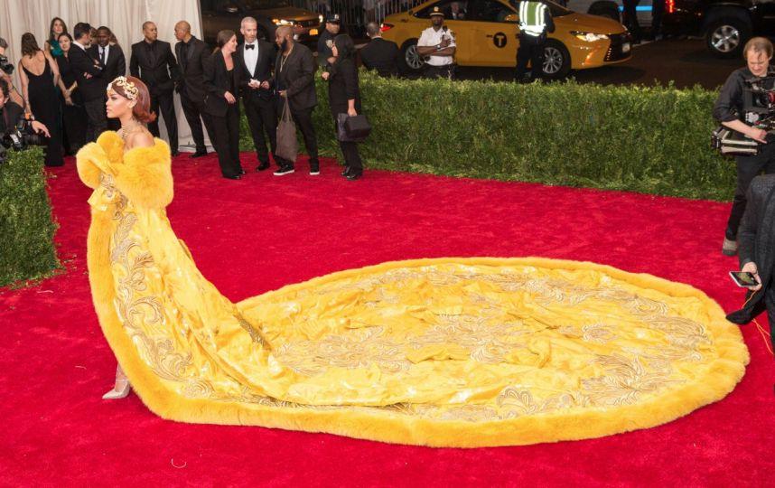 Robe jaune rihana
