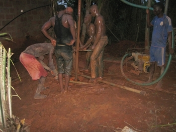 204 Bénin Tori Kada Forage d'un puits suite