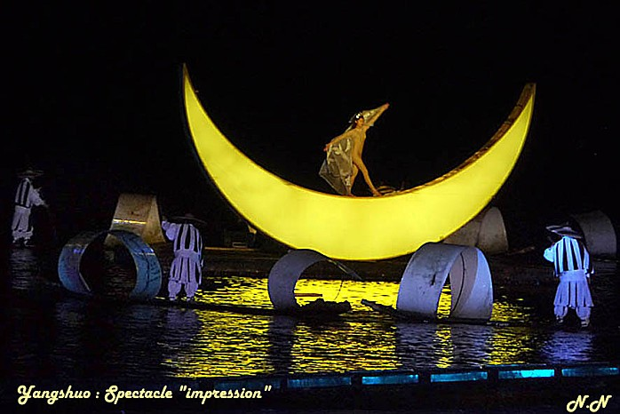 P1050334BIS.jpg-lune.jpg