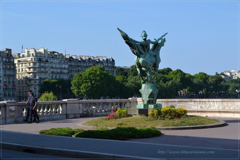 Bir Hakeim : La France renaissante