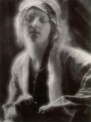 Fichier:Dream Imogen Cunningham 1910.jpg