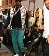• PHOTOS: NICKI ASSISTE AU DÉFILÉ DE JEREMY SCOTT