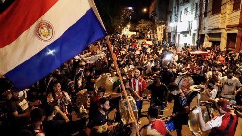 Crise socio-politique au Paraguay, les évêques tentent l'apaisement