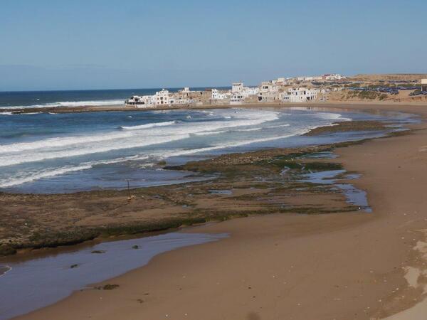 Tifnite, son petit port sa plage
