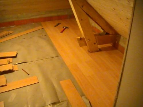 Debut du parquet a l etage(debut novembre)