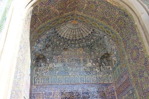 La place du Régistan à Samarcande et la madrasa Sher Dor
