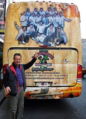 Bus Mariachis (2)