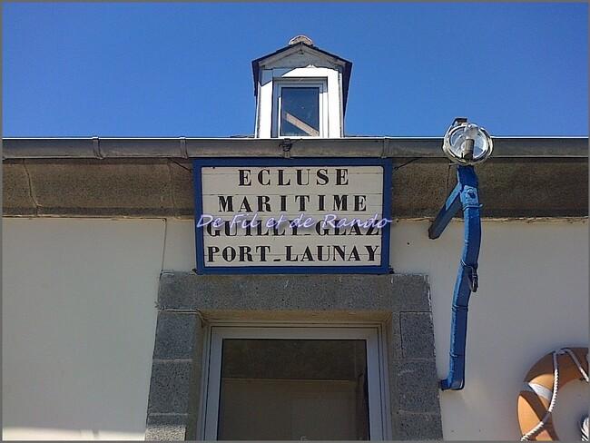 Le canal de Nantes  à Brest : étape 11